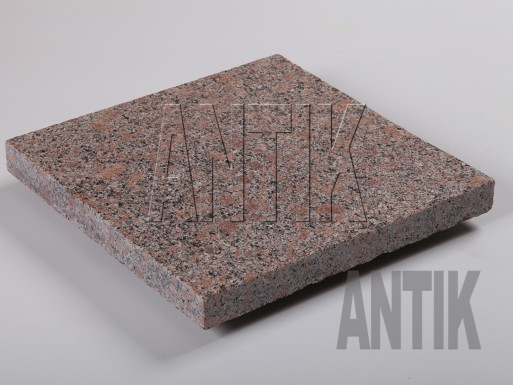 Flamed granite paving tile Withered 300x300x30