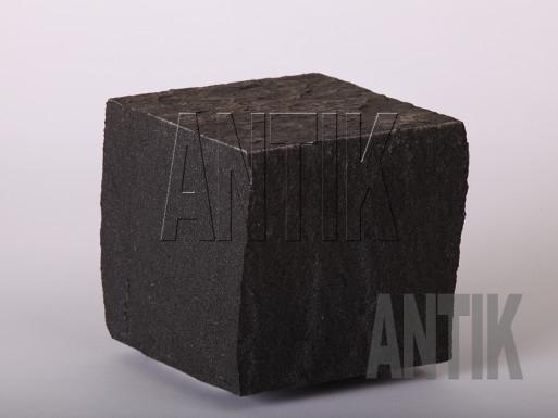 Basalt Pflastersteine Berestovetske gesägt und gespalten 100x100x100