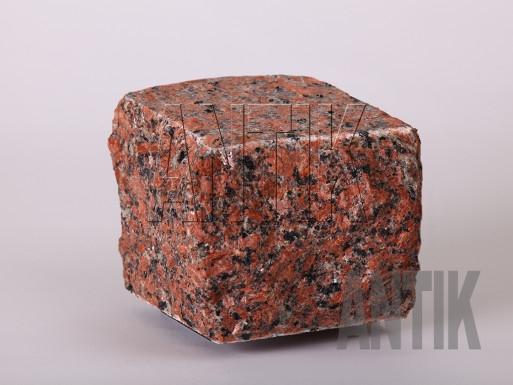 Granit Pflastersteine Rosso Toledo gesägt und gespalten 100x100x100