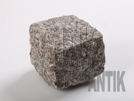 Granit Pflastersteine Tansky gespalten 100x100x100