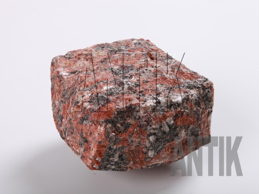 Брусчатка гранит колотая Капустинское (Rosso Santiago) 100x100x50