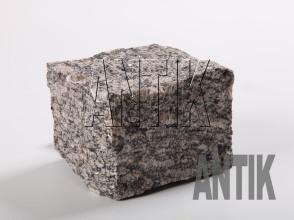 Брусчатка гранит колотая Софиевское (Sophiyvsky) 100x100x100