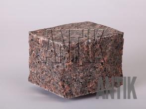 Брусчатка гранит пилено-колотая Дидковичское (Star of Ukraine) 100x100x100
