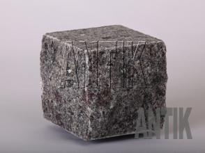 Брусчатка гранит пилено-колотая Константиновское (Kostyantynivsky) 100x100x100