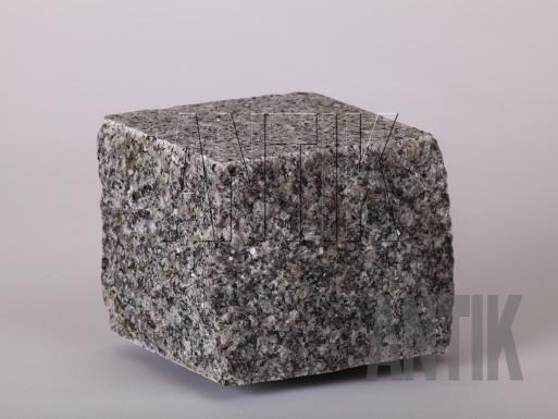 Брусчатка гранит пилено-колотая Танское (Tansky) 100x100x100