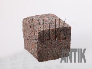 Брусчатка гранит колотая Новоданиловское (Withered) 100x100x100