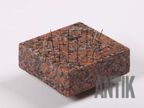 Брусчатка гранит пиленая Новоданиловское (Withered) 100x100x30 (мокрая)