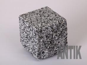 Брусчатка гранит пилено-колотая Покостовское (Grey Ukraine) 100x100x100