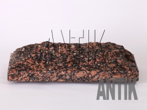 Плита скала Крупское Гранит 400x200x60 (горизонтально мокрая)