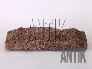 Плита скала Межиричское Гранит 400x200x60 (горизонтально мокрая)