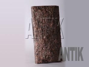 Плита скала Межиричское Гранит 400x200x60 (вертикально)