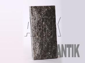 Плита скала Танское Гранит 400x200x60 (вертикально)