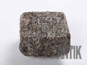 Брусчатка гранит колотая Танское (Tansky) 100x100x50 (мокрая)