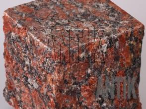 Брусчатка гранит пилено-колотая Капустинское (Rosso Santiago) 100x100x100 (фактура)