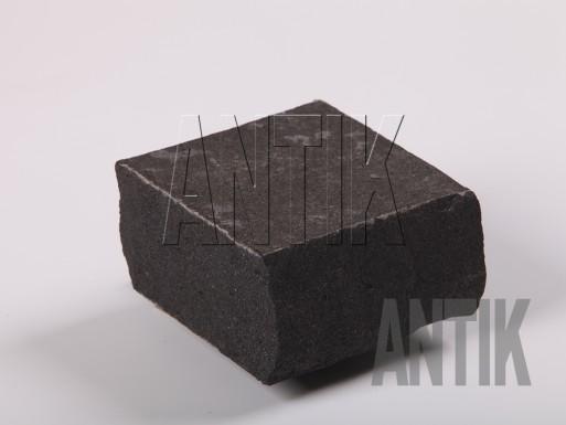 Брусчатка пилено-колотая Базальт 100х100х50 термо