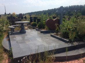Надгробие №117