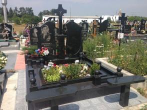 Надгробие №120